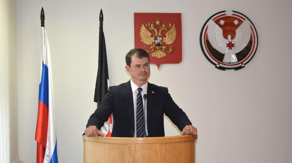Александр Прасолов подготовил отчет о результатах своей деятельности в 1 полугодии 2015 года